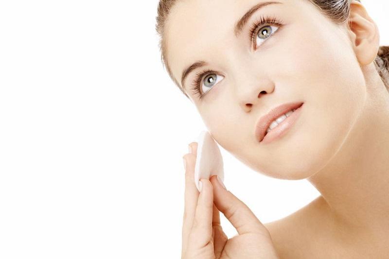 Apply-Sunscreen for skin care