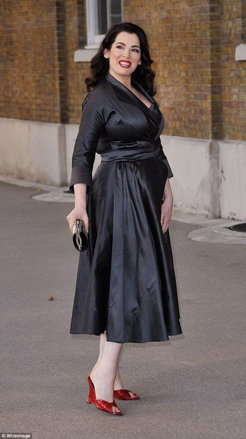 Nigella-Lawson-at-at-a-book-launch-party
