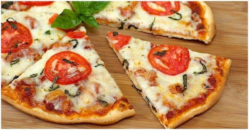 Skinny-Margherita Pizza and Salad