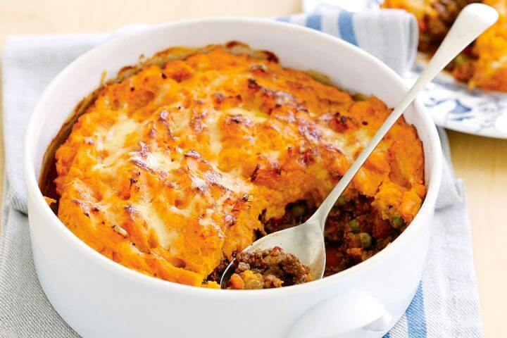 cottage pie with green beans
