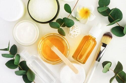 natural makeup for glowing skin