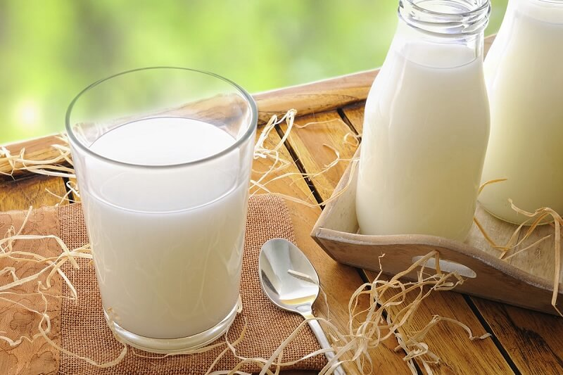 raw milk with salt makes your skin tight